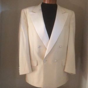 Burberry Cream Dinner Jacket/Blazer